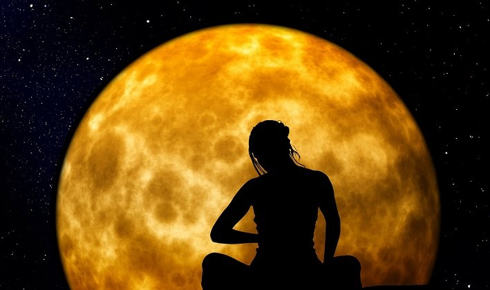 The moon and our Subconscious